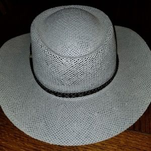 Other - White Summer Club hat